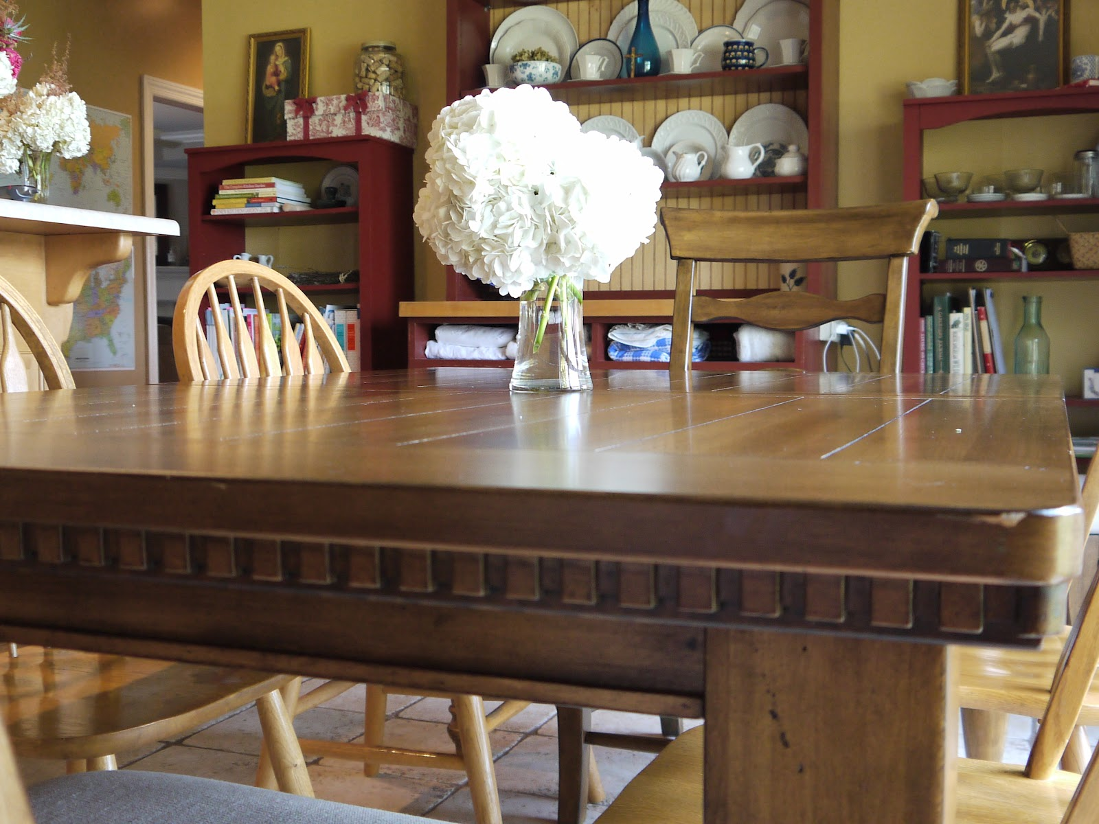 farmhouse chic kitchen table new to us wildflowers and marbles. Black Bedroom Furniture Sets. Home Design Ideas